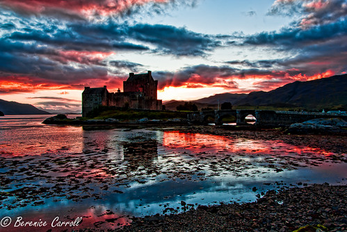 Sunset at Eilean Donan Castle | by berenice29