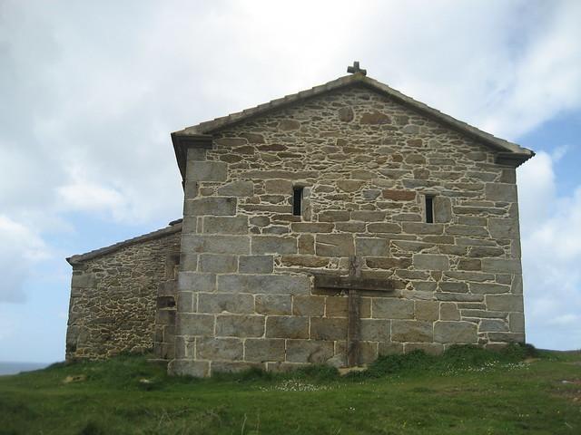 Ermita de Virxen do Monte en Camariñas