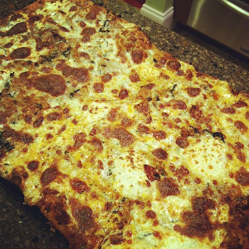 Gigantic homemade Sicilian pizza: After! | by Autumn84