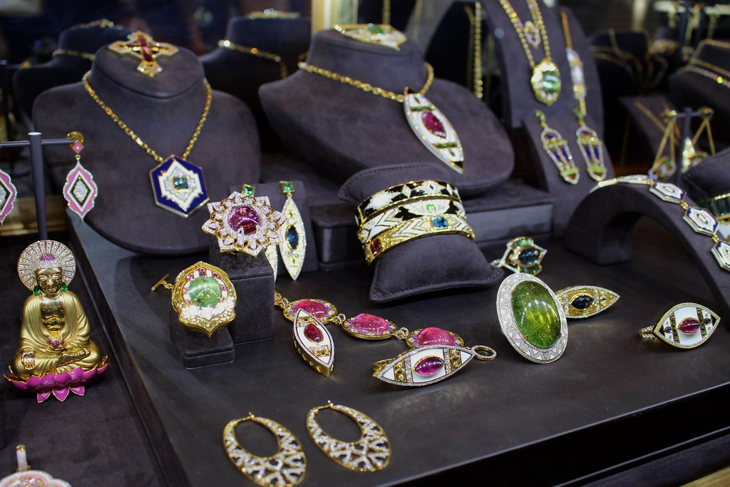 Top Five Designer Jewelry Brands You NEED In Your Jewel Box Gem