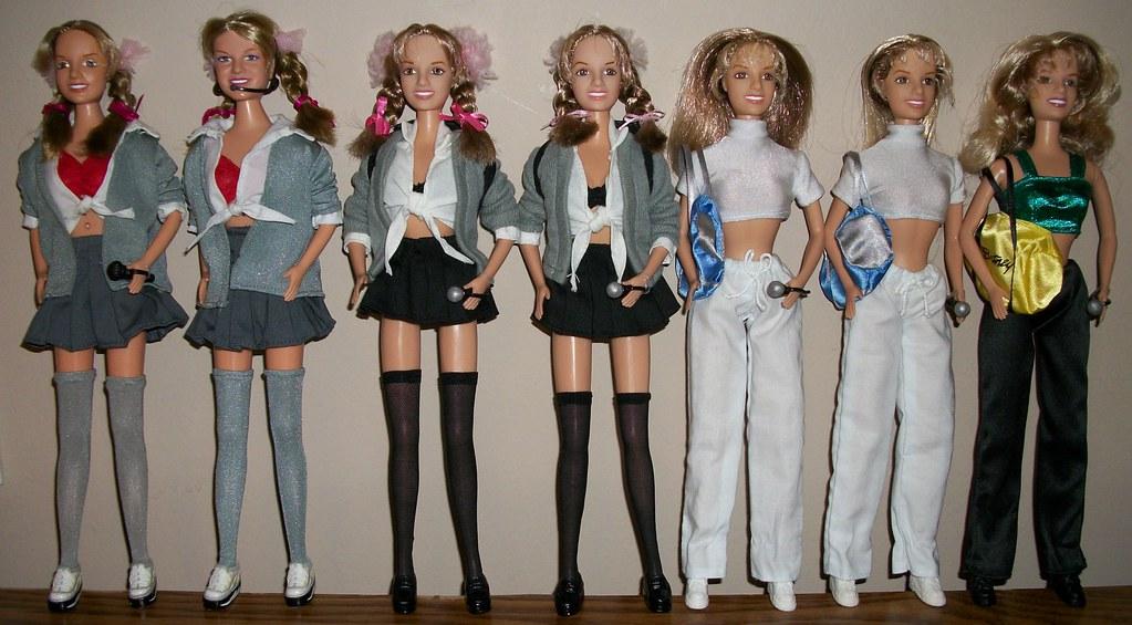 Curiosidade O Sucesso Da Britney Doll Britney Spears Britneyspears Com Br Rebellion