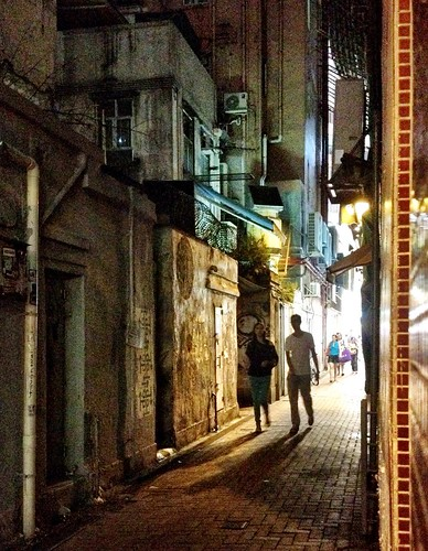 Late Night in a Causeway Bay Alley | by Frankenstein