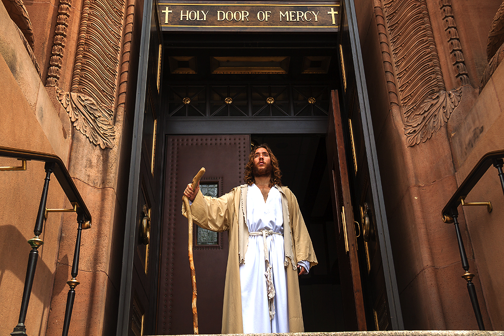 Philly Jesus at Saints Peter and Paul on 5-24-16--Center City