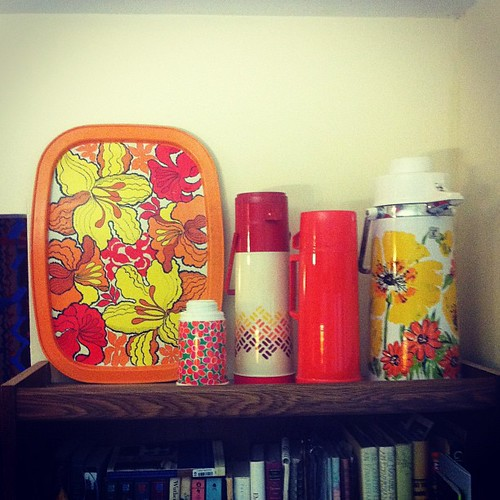"""do you like my vignette, honey?"" ""uhh, I've never seen a thermos vignette before...."" Haha! #vintage 