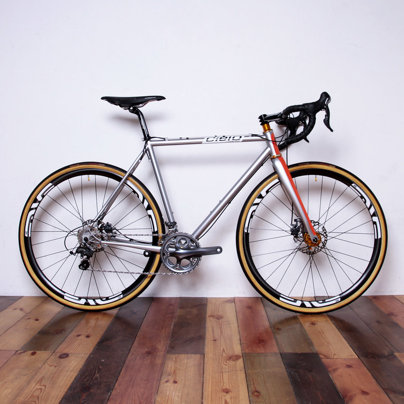 Cielo by Chris King / CX Racer with Enve Fork Complete Bike
