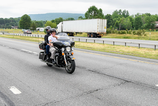 Governor Cuomo Kicks Off Breast Cancer Motorcycle Ride
