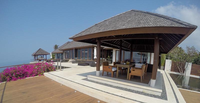 28235055131 a55372f170 c - REVIEW - The Edge, Uluwatu (Bali)