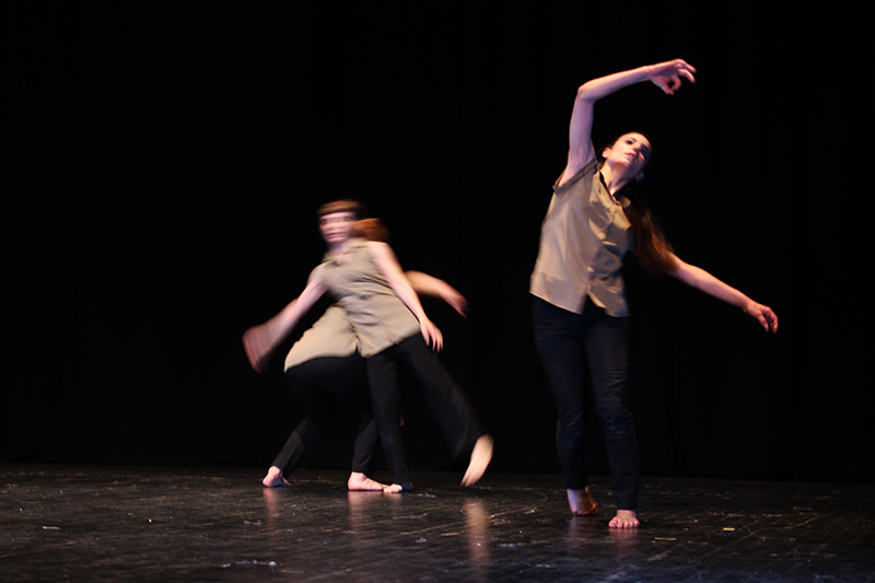 kinoumestudio-performance-falling-lines-3