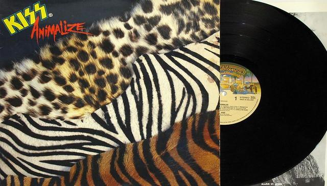 "KISS ANIMALIZE PHOTO LYRICS SLEEVE12"" LP"