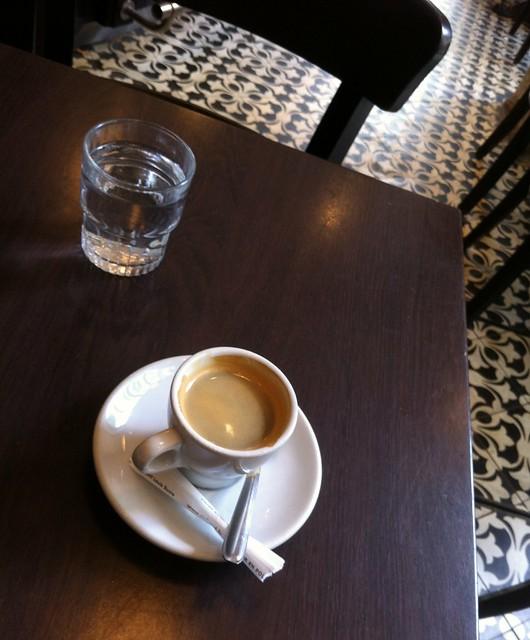 un p'tit café