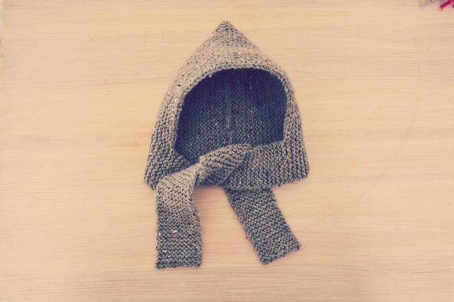 Tutups : bonnet-écharpes pour bébés