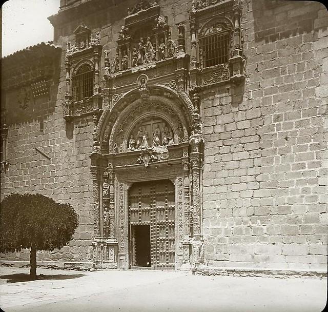 Hospital de Santa Cruz hacia 1905 fotografiado por Alois Beer. Fotografía editada y publicada por E. Mazo para linterna mágica MTFFD026483_P