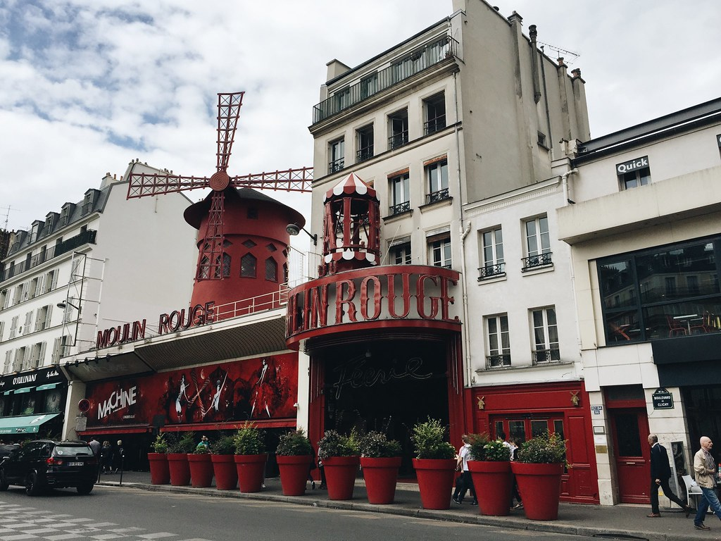moulin rouge windmill paris