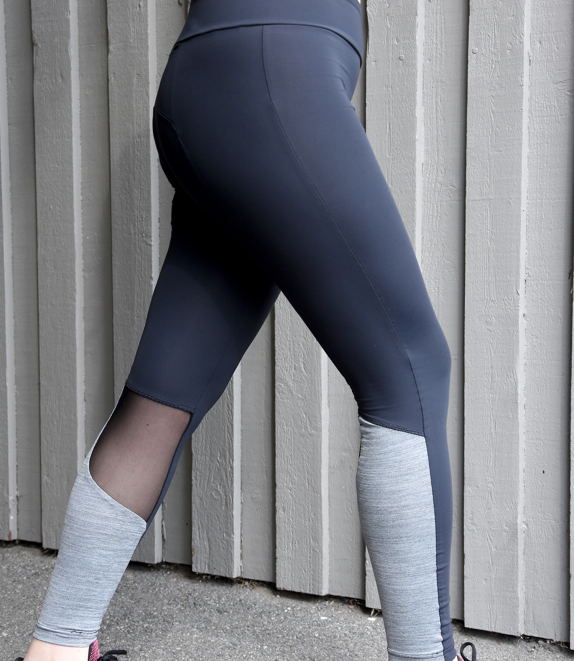 Cora leggings by Jalie Patterns