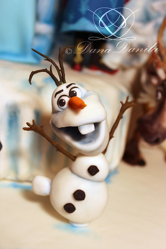 fondant figure of olaf disney frozen cake flickr photo sharing. Black Bedroom Furniture Sets. Home Design Ideas