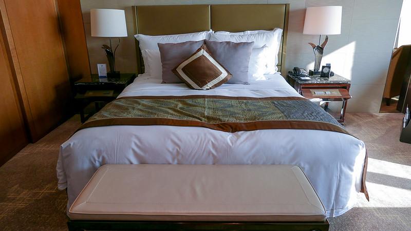 27442615363 e03944a980 c - REVIEW - Ritz Carlton Hong Kong (Deluxe Harbour View Room)
