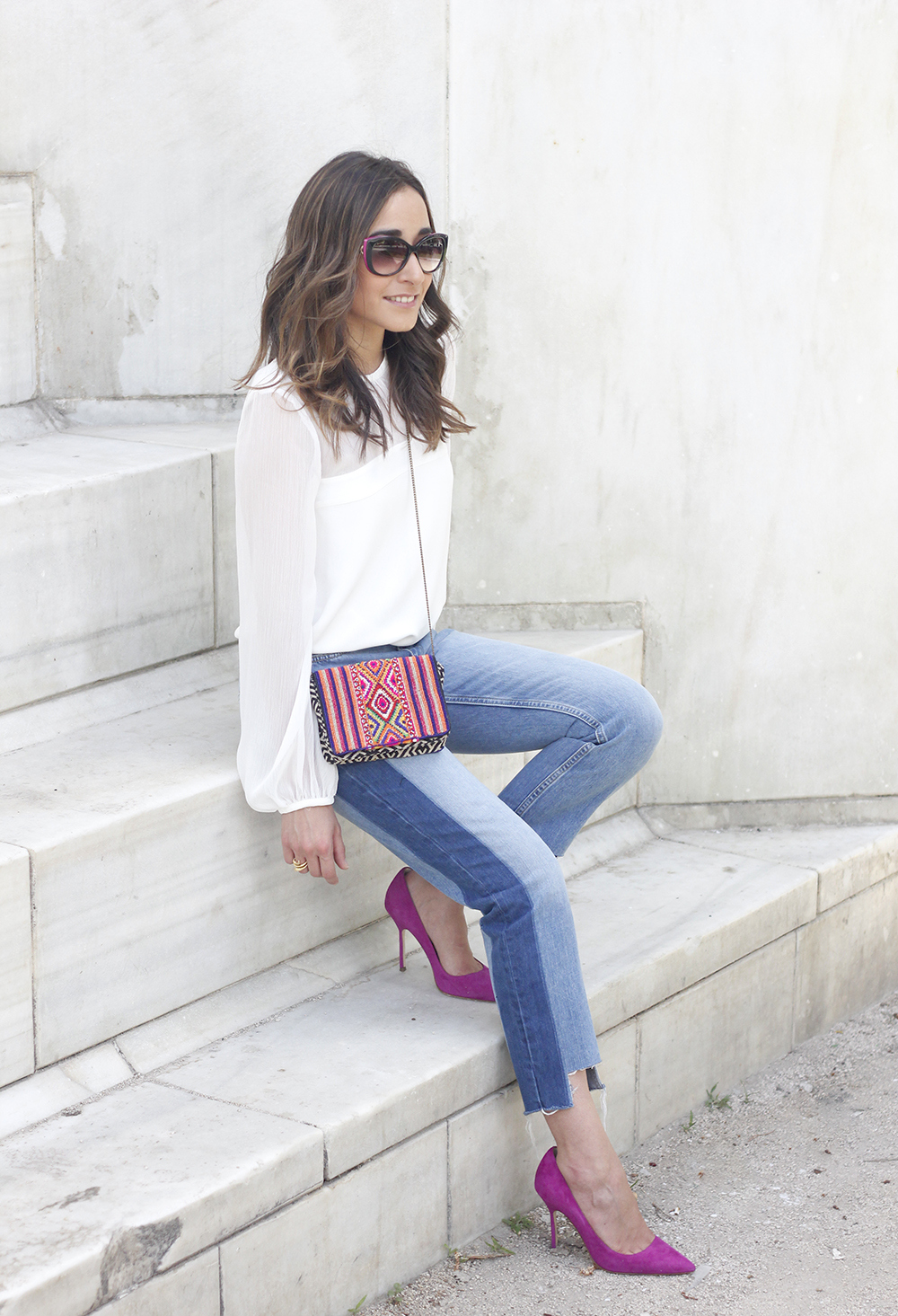 Boyfriend Jeans With Asymmetrical Hems white blouse carolina herrera heels daydaday bag outfit style streetstyle04