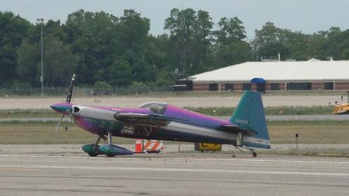 S1010187_Rainbow_Plane