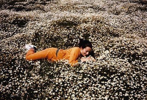 11.Mi hija Elena en la dehesa. Año 1989