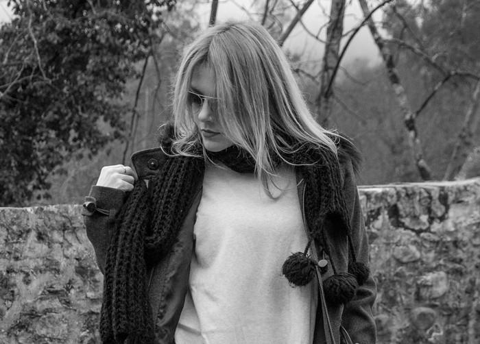 Grey Coat: look con trenca