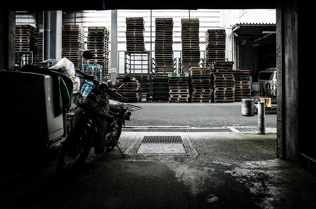 市場でDABADA