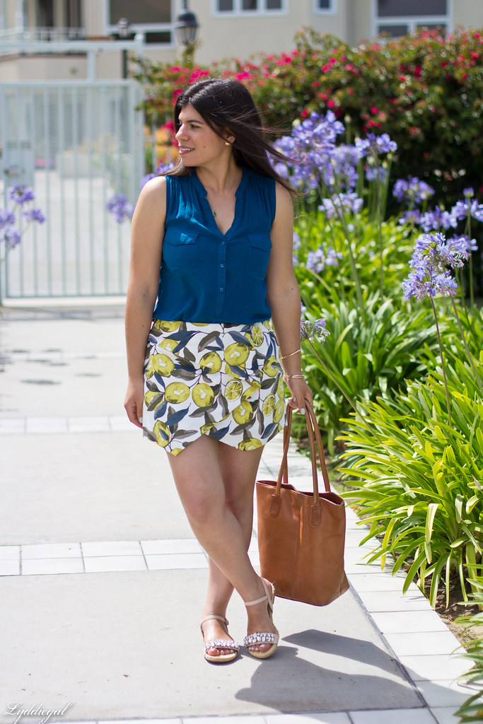 leomon print skort, teal blouse, jeweled sandals-6.jpg