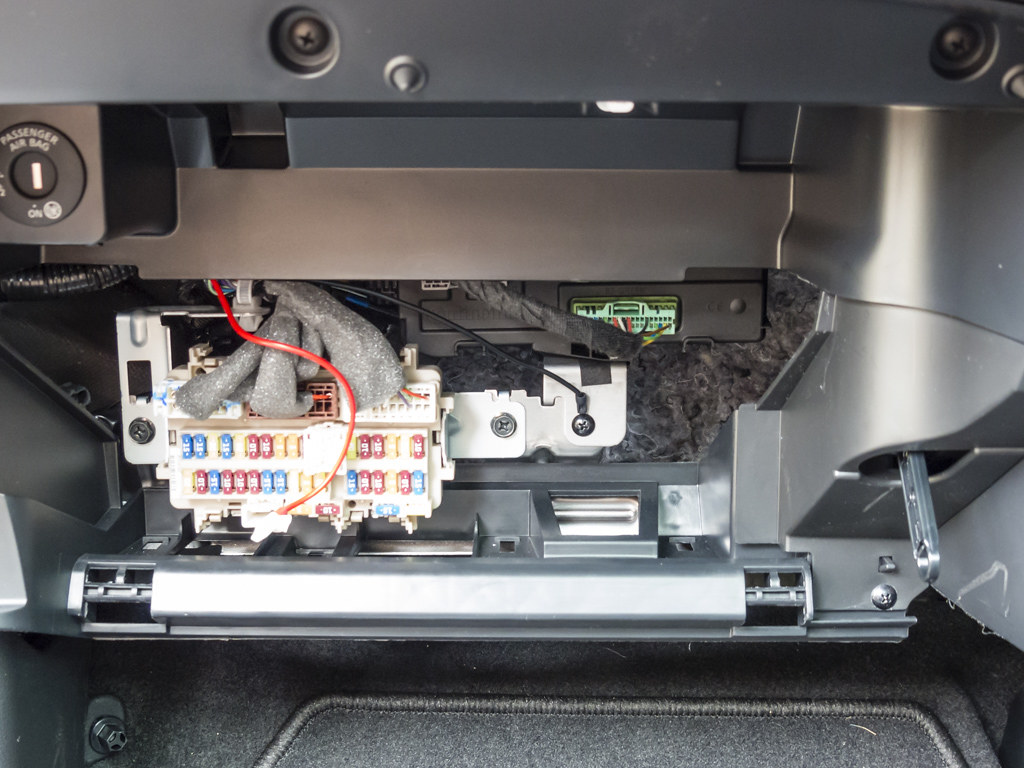 2012 nissan altima fuse box location installing a dashcam - nissan qashqai forums