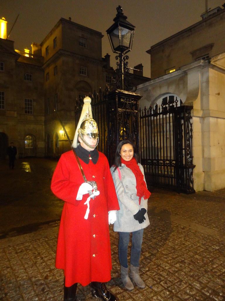 Queens Guard - Copyright Travelosio
