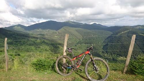 Montes de Triano desde Sasiburu