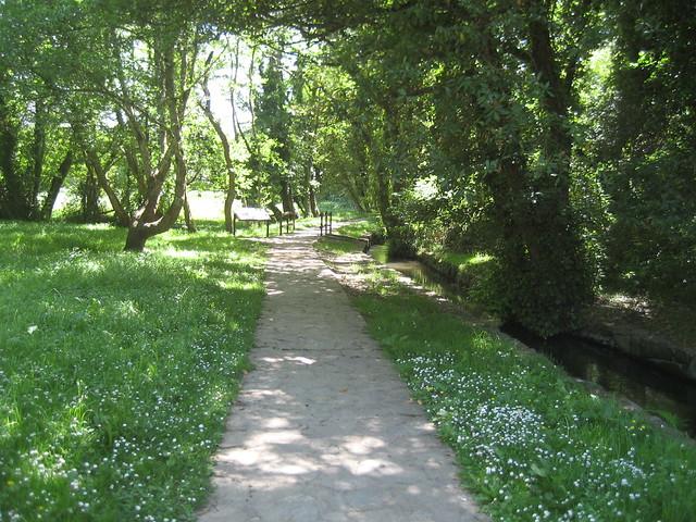 Camino de la Senda do río Sisalde en Arteixo