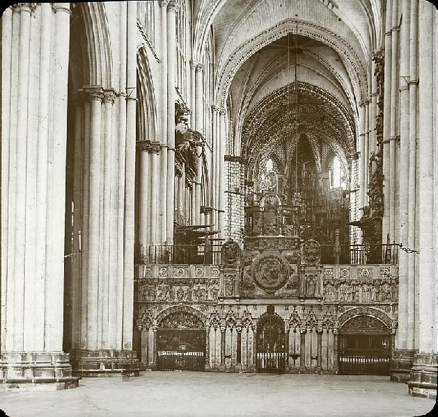 Catedral hacia 1905 fotografiado por Alois Beer. Fotografía editada y publicada por E. Mazo para linterna mágica MTFFD026502_P