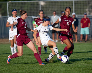 9-05-2013  SOC vs.  Hamline | by UWECblugolds