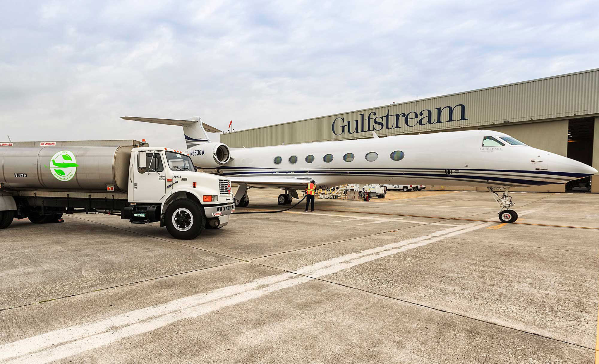 Gulfstream Wings Way into EBACE with Biofuels