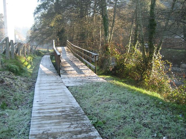 Paseo y Puente en Caldas de Reis