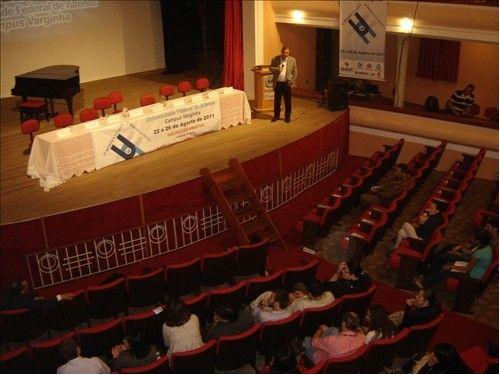 Presidente do CCCMG faz palestra para alunos da Unifal-MG
