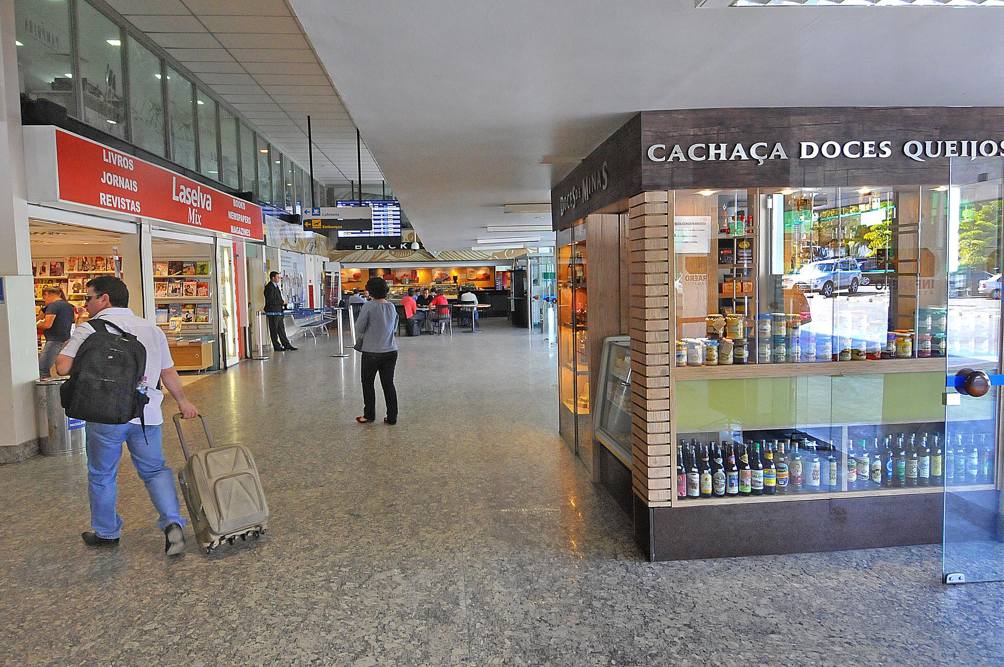 Pagina 1 - Aeroporto da Pampulha - Divino Advincula (27)