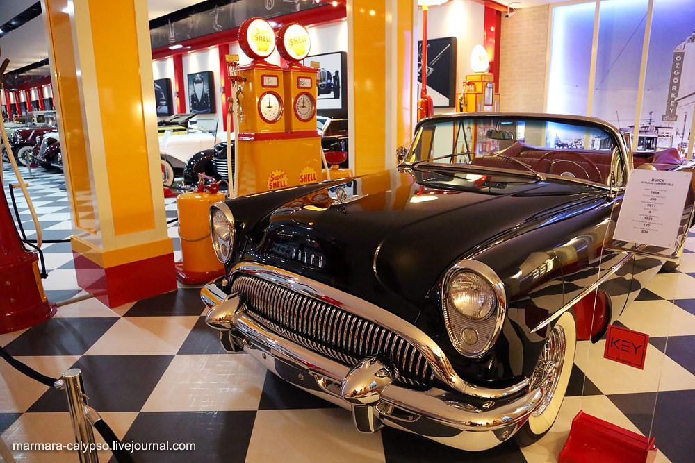 14-Buick-Skylark-Convertible-1954