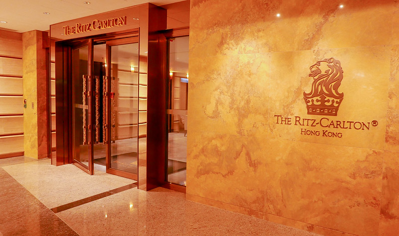 28056332235 cbd4905359 c - REVIEW - Ritz Carlton Hong Kong (Deluxe Harbour View Room)