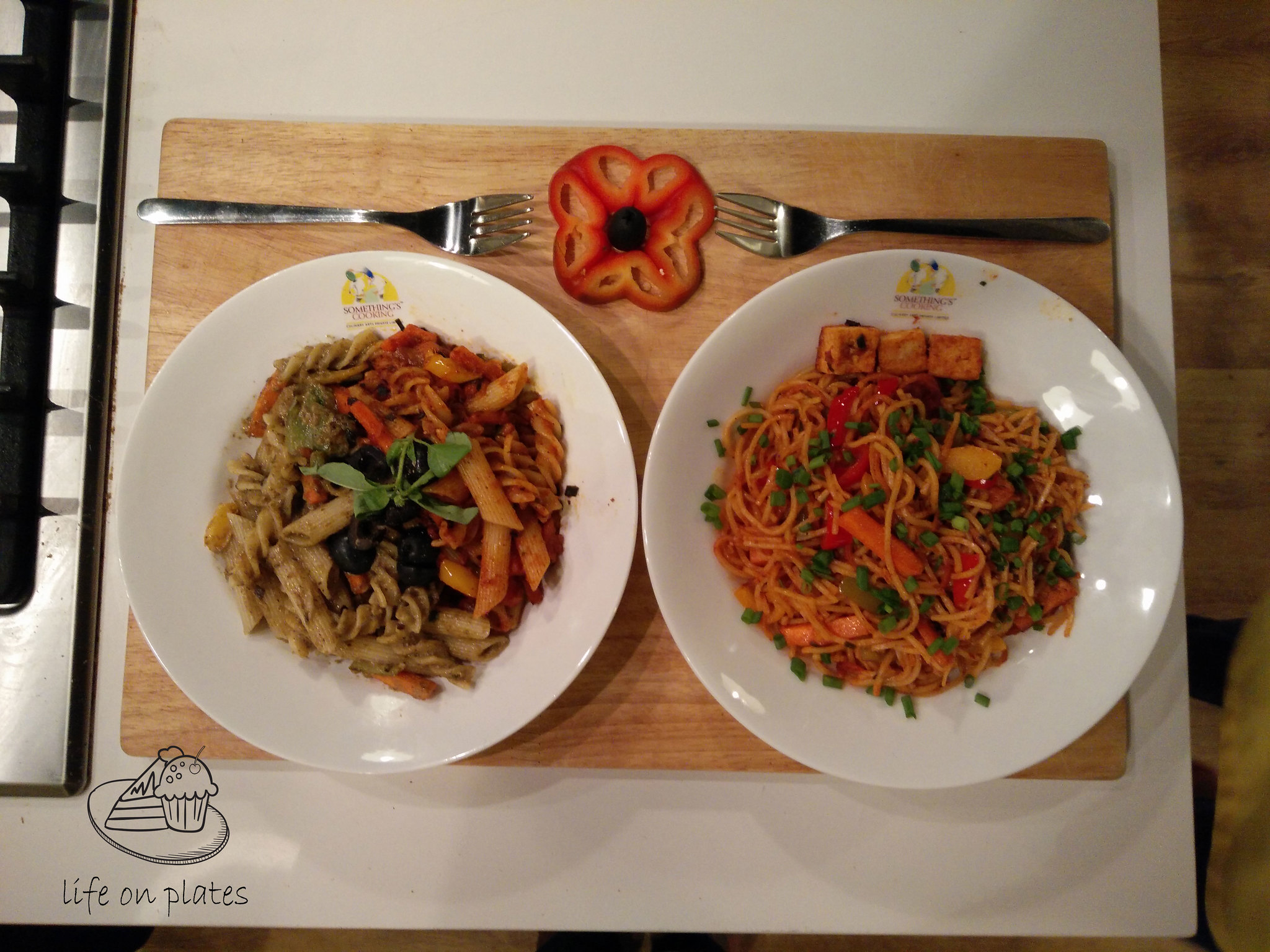 Duos Pasta and Tangy Sichuan Noodles