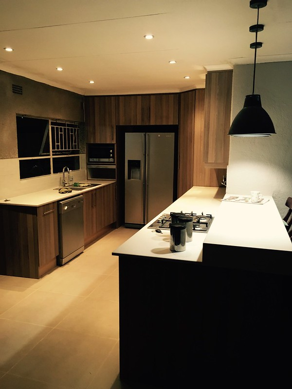 Kitchen renovation: view by night