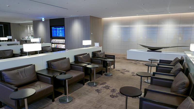 27418550243 bec7dbb7b6 c - REVIEW - JAL First Class Lounge, Tokyo HND (October 2015)
