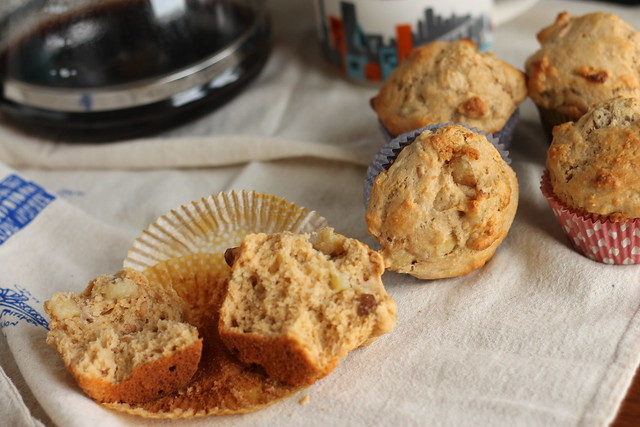Banana, pear, and cashew muffins