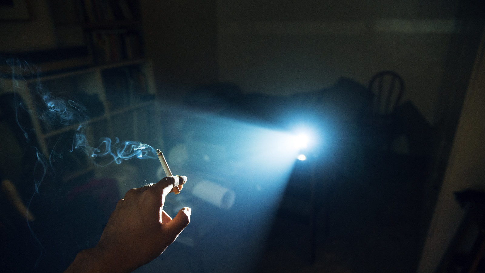 0133cubaoz_lastcigarette