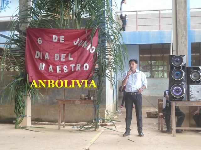 DOCENTES DEL COLEGIO PEDRO DOMINGO MURILLO FUERON AGASAJADOS POR EL DÍA DEL MAESTRO
