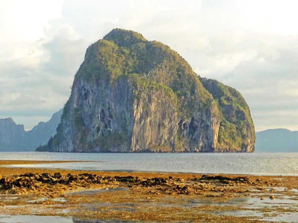 El Nido Tropical Iceberg - Copyright Travelosio