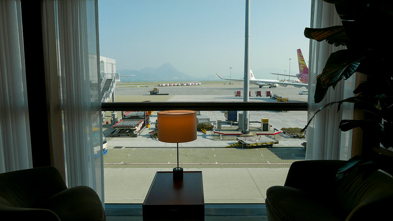27465263683 7c26ccc3ef c - REVIEW - Cathay Pacific: The Pier First Class Lounge, Hong Kong (Breakfast service)