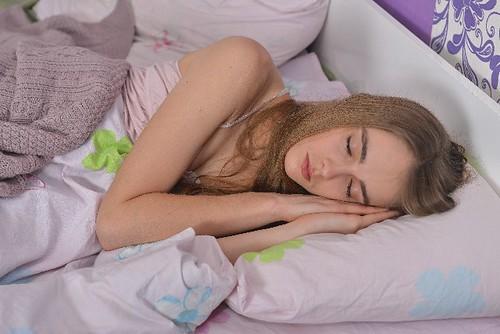 薄毛 対策 睡眠