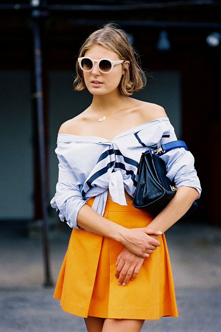 knotted shirt inspiration street style fashion outfit6