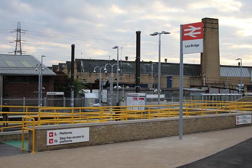 Lea Bridge Station