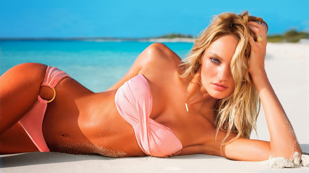 candice_swanepoel_hot_for_victorias_secret_swimsuit_2012-wallpaper-2400x1350